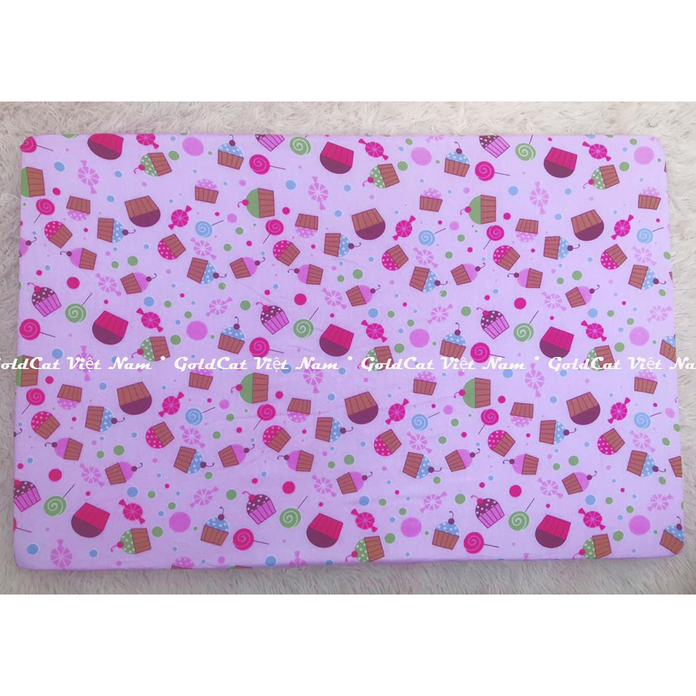 Ga vải bọc đệm cũi cho bé (75x120, Bánh Ngọt Hồng)