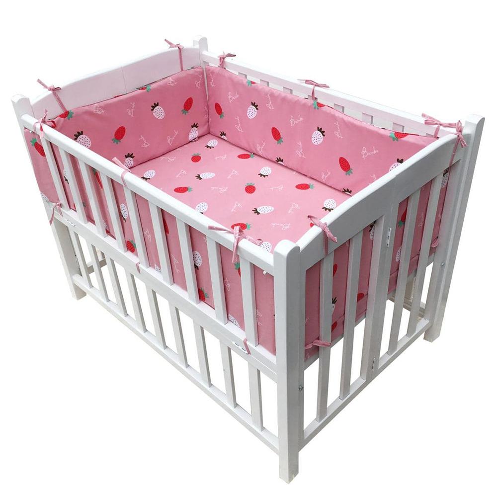 Bộ quây cũi và ga vải bọc đệm cho bé- Chất liệu thô lụa (Dâu tây trắng, 75x120)