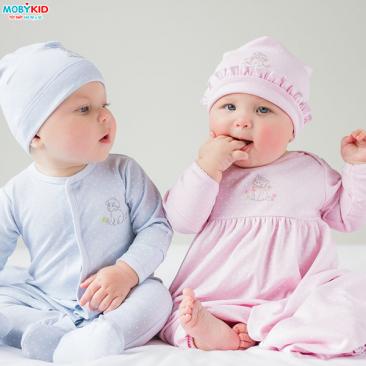 Điểm danh những sản phẩm thời trang sơ sinh cho bé khi mùa đông sắp tới