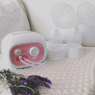 [Review] Chiếc máy hút sữa Unimom có lực hút mạnh nhất giúp mẹ giải quyết các vấn đề về sữa