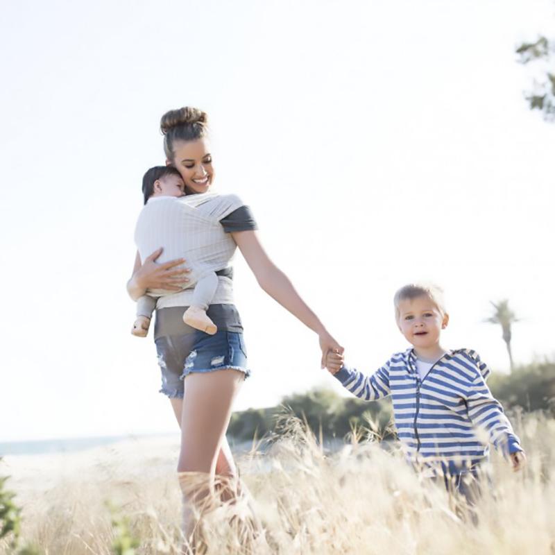 Địu cho bé Ergobaby Aura Baby Wrap - Grey Stripes