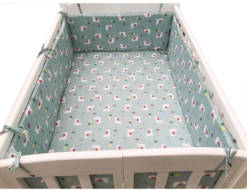 Bộ quây cũi và ga vải bọc đệm cho bé GoldCat - Chất liệu thô lụa (Cừu trắng, 75x120)