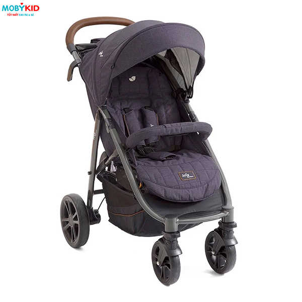 Có xe đẩy cho bé gấp gọn tiện lợi, mẹ và bé đi đâu cũng được