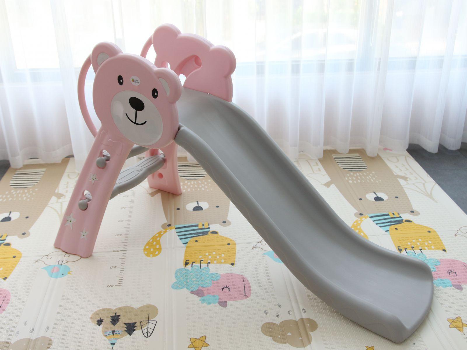 Cầu trượt cho bé Toyshouse hình gấu HT04