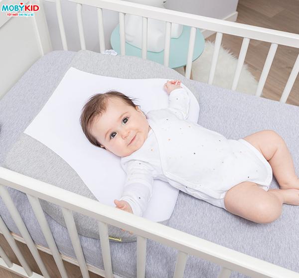 Gối chống trào ngược cho bé có thực sự tốt cho bé và loại nào tốt nhất hiện nay