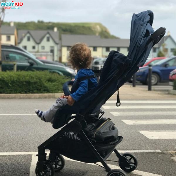 Giá xe đẩy em bé có nên là yếu tố hàng đầu ảnh hưởng đến quyết định chọn mua xe đẩy cho bé
