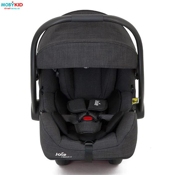 Những dòng ghế ngồi ô tô trẻ em dùng cho bé từ sơ sinh được ưa chuộng nhất hiện nay