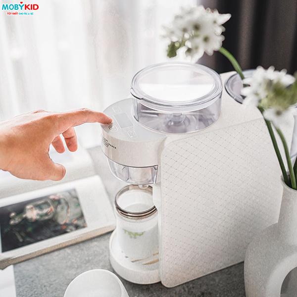 Những lý do vì sao mẹ nên mua máy pha sữa Tiny Baby Formula Nhật Bản