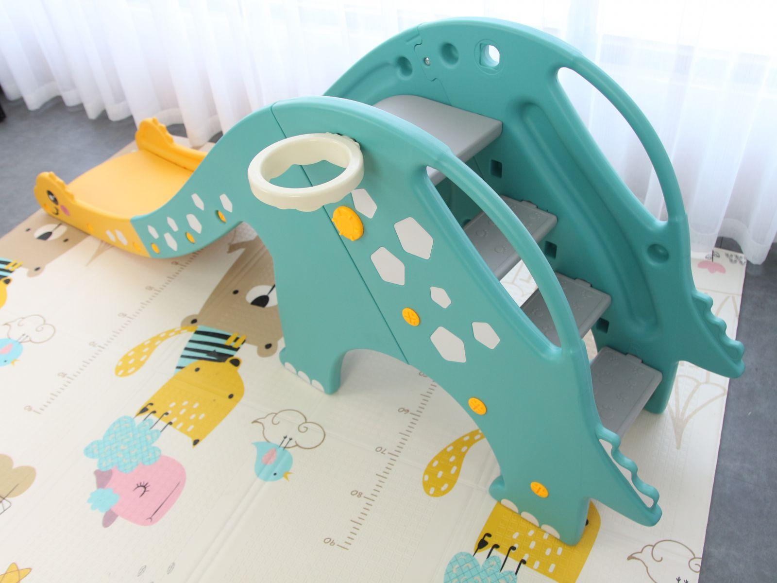 TH-052020-L-KL02 Cầu trượt cho bé hình khủng long cổ dài, có kèm khung bóng rổ Toyshouse