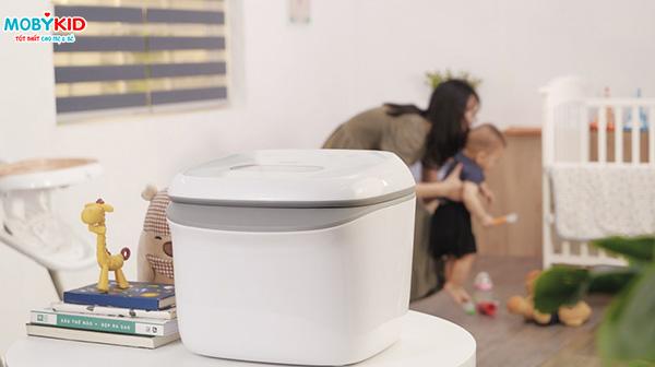 Top 5 máy tiệt trùng bình sữa tia UV chinh phục hàng triệu mẹ bỉm sữa