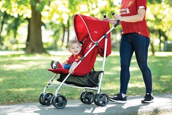 Xe đẩy trẻ em Joie Nitro W/ RC LFC Red Crest