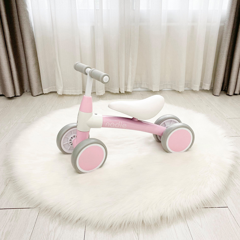 Xe chòi chân Nadle màu hồng